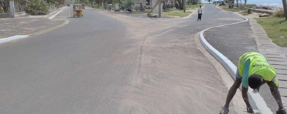 Post Enawo Avenue Independance Antalaha