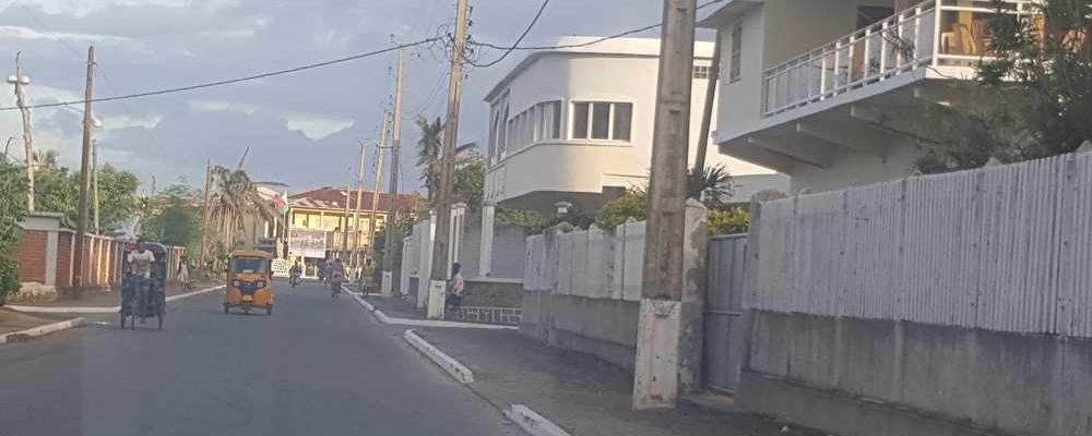Post Enawo Place Independance et Route Ambinany Antalaha