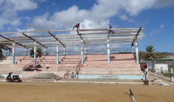 ENAWO Antalaha Réparation Toiture Stade Commune urbaine